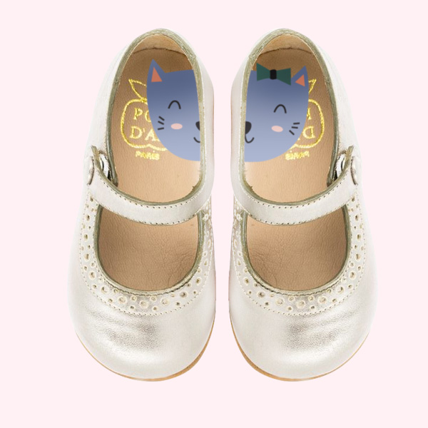 etiquettes-chaussures-inutuitives