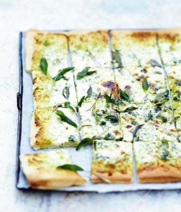 pizza-blanche-a-la-sauge.jpeg