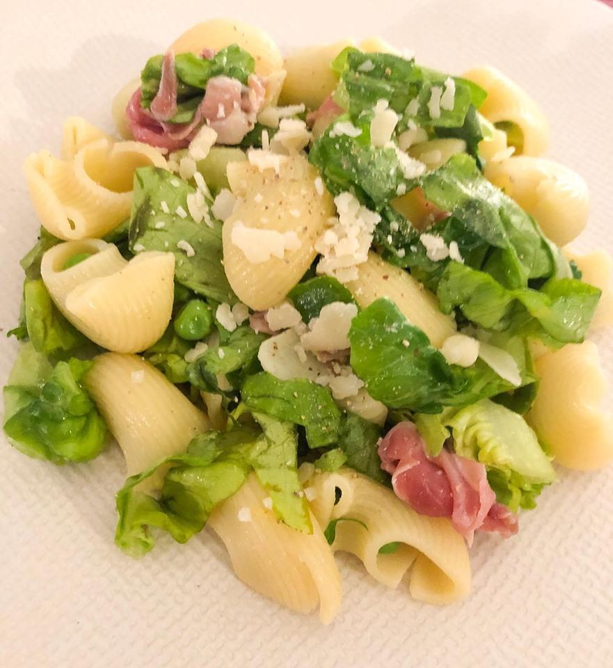 Petite salade de pâtes printanières